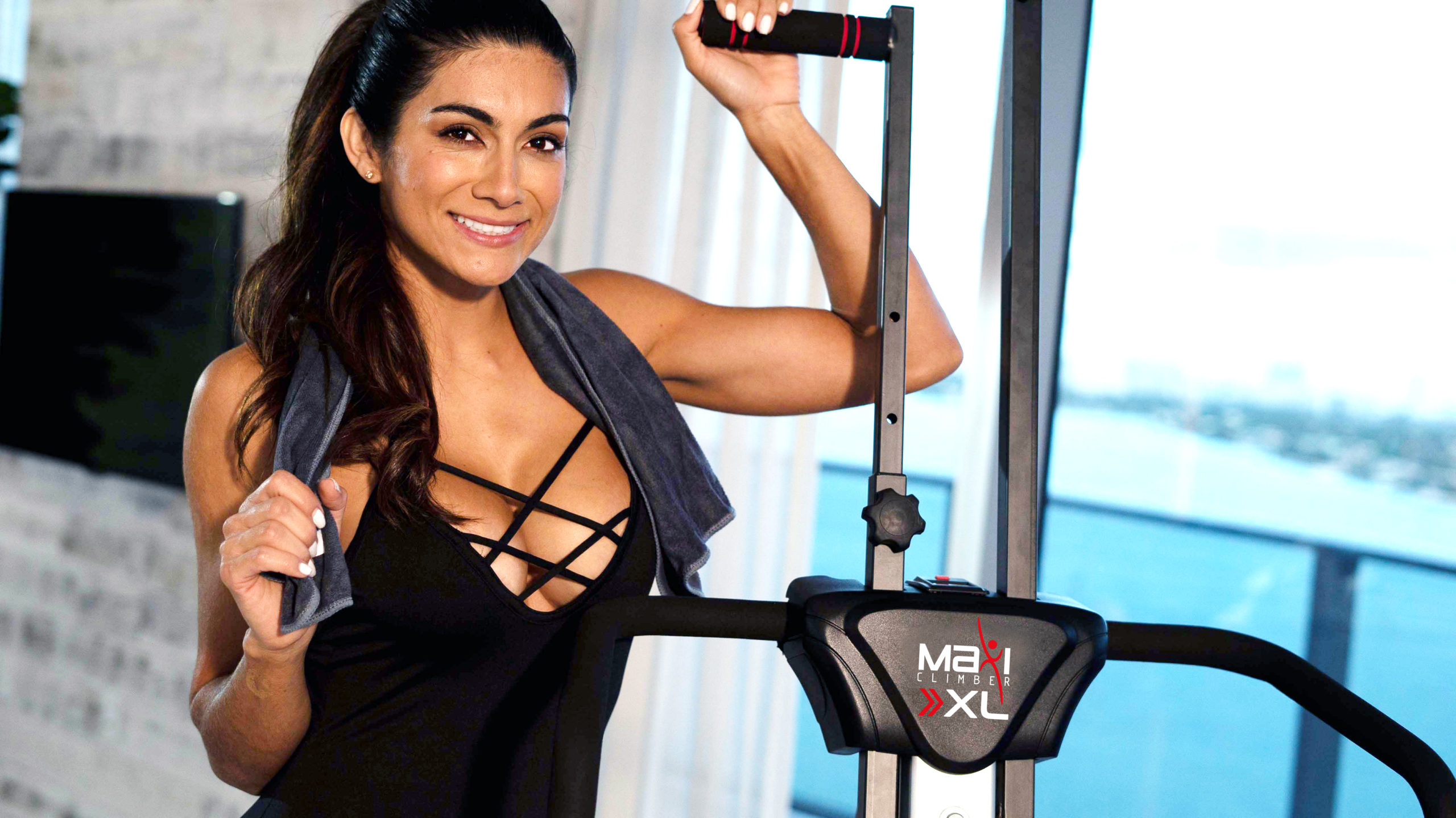 HIIT Exercises and Cardio With Maxiclimber